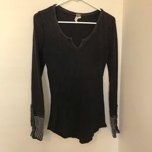 FREE PEOPLE WE THE FREE DETAILED CUFF LONG SLEEVE